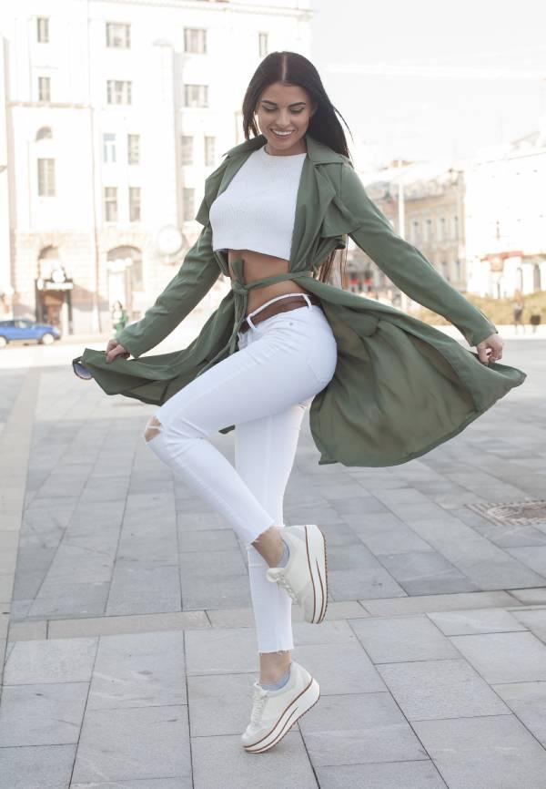 Stylizacje Z Bialymi Spodniami Jak Nosic Biale Spodnie Damskie